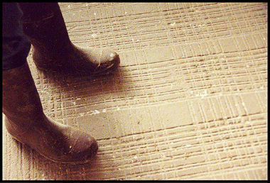 Non Slip Flooring For Livestock Handling - Anti skid flooring material